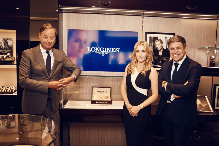 Beim Launch der Flagship Heritage by Kate Winslet: Charles Villoz, Longines Vice President Sales, Kate Winslet und Juan-Carlos Capelli, Longines Vice President and Head of International Marketing (von links)
